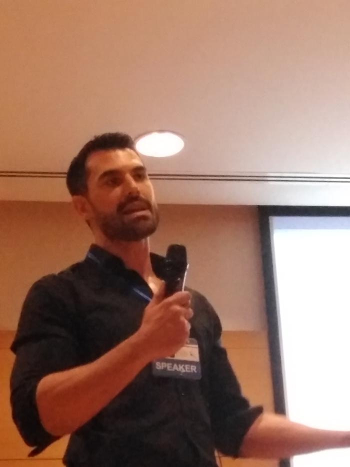 El inspector Miguel Camacho explica la importancia del Big Data a nivel de seguridad global en una conferencia celebrada en la URJC de Madrid..