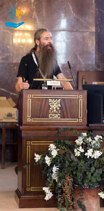 Aubrey De Grey hablando sobre envejecimiento en el CSIC.