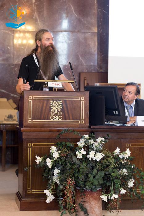 Aubrey de Grey habla sobre frenar el envejecimiento.
