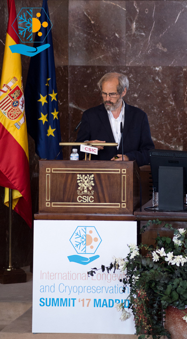 Didier Cournelle participó en las charlas ofrecidas en Madrid sobre Longevidad y Criopreservación.