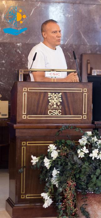 Ramón Risco habla en el CSIC sobre criopreservación