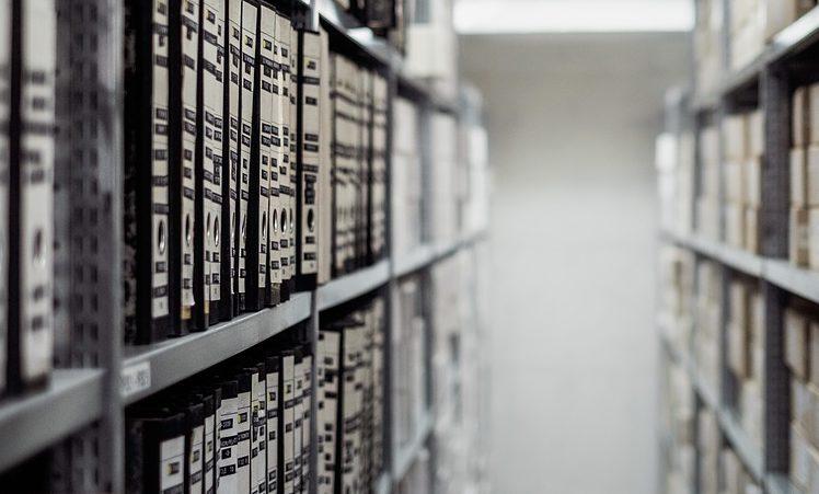 sueldo archivero