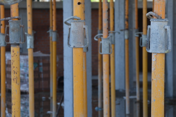 ACS ofrece servicios, construcción y servicios industriales