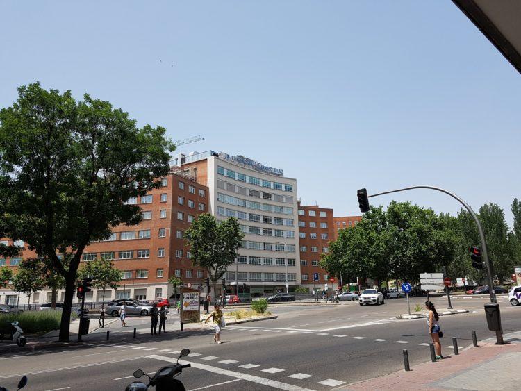 Centro hospitalario Fundación jiménez Díaz con Unidad de Neumología