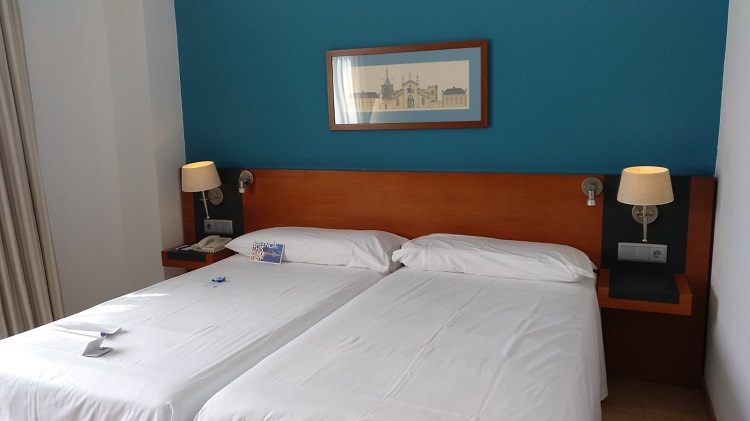 Amadeus permite reservas habitaciones de hotel al instante