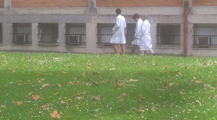 Centro médico con unidad de Oftalmología