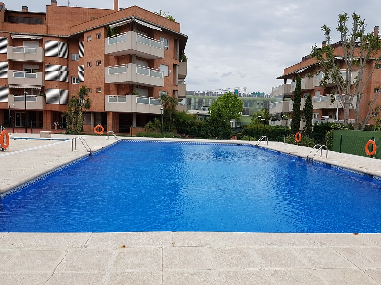 Eulen gestiona piscinas entre sus servicios deportivos