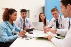 Cómo ser gastroenterólogo. Requisitos, sueldo y cursos