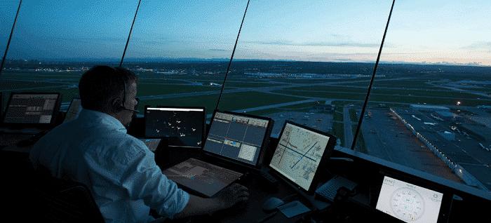 Cursos de Controlador Aéreo. Requisitos y sueldos en el futuro