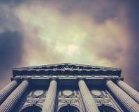 Funciones Auxilio Judicial: tareas destacadas en justicia