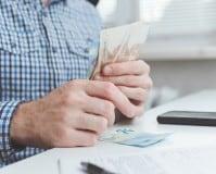 Sueldo gestión procesal: salario de un gestor